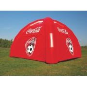 Tente gonflable publicitaire personnalisé fond rouge et logo