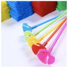 Tiges plastiques pour ballons