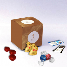 Cube Box - Personalized with Lindt chocolates