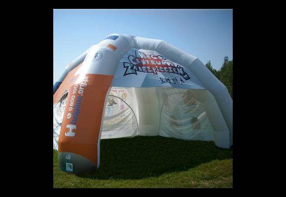 Soyez visible efficacement avec votre tente publicitaire lors des expositions