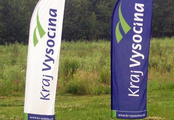 Windflags publicitaire pour la prospection de votre entreprise lors d'un évènement